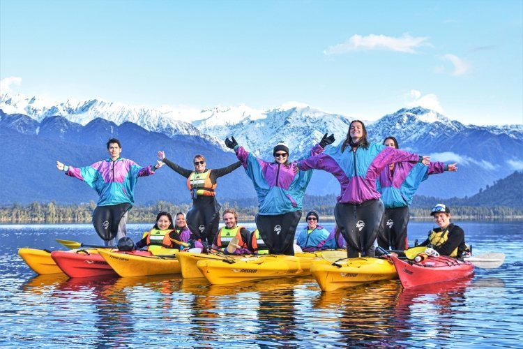 Glacier Country Kayaks - Standing Tall